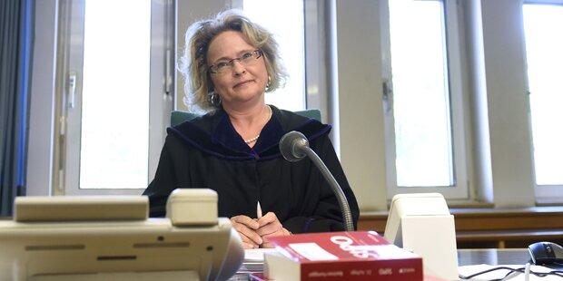 Ex-Ministerin ist geschieden