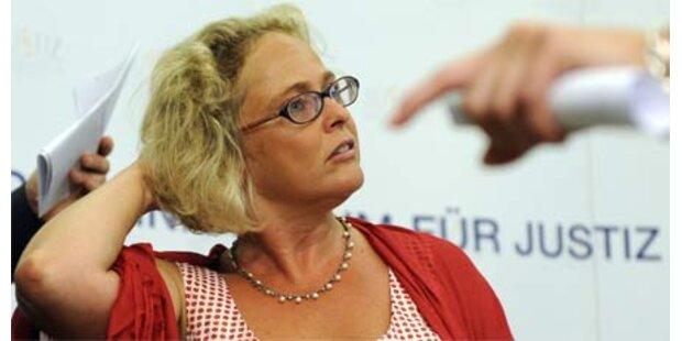 Fischer beendet Justizgroteske