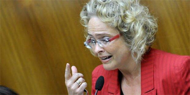 Ministerin sagt Kinderpornografie Kampf an