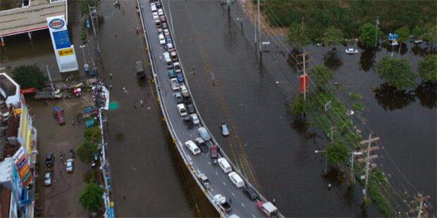 Schleusen offen: Bangkok geflutet