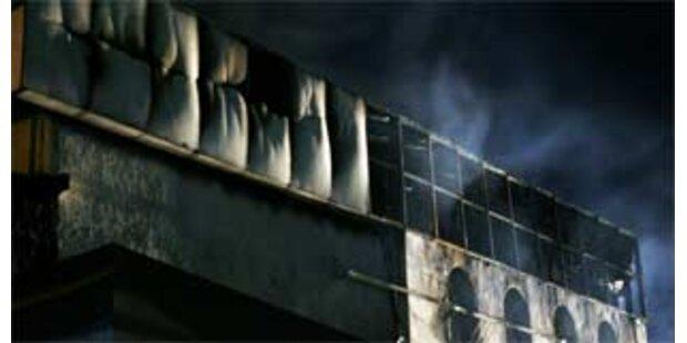 Österreicher entkamen Flammenhölle in Bangkok