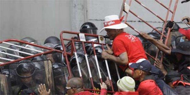 Blutige Zusammenstöße in Bangkok