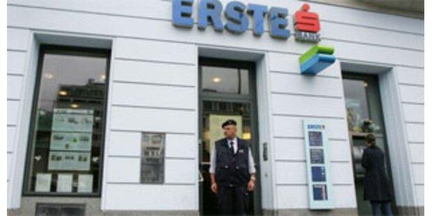 Passanten schnappen Bankräuber in NÖ