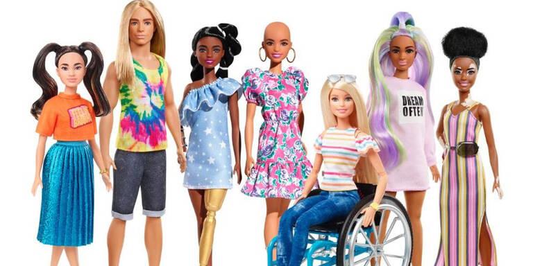 Glatzen-Barbie und Langhaar-Ken kommen