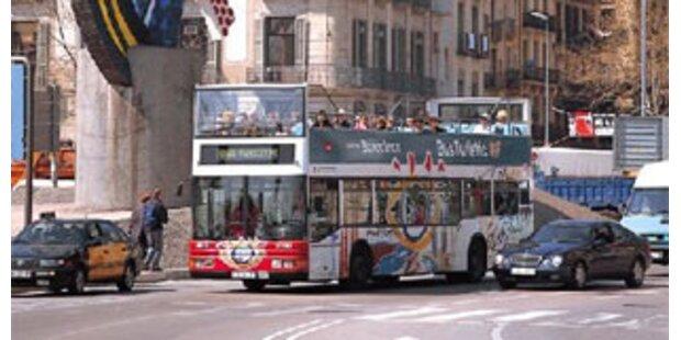Zwei Tote bei Horror-Bus-Crash in Spanien