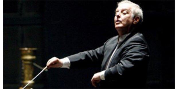 Daniel Barenboim dirigiert Neujahrskonzert