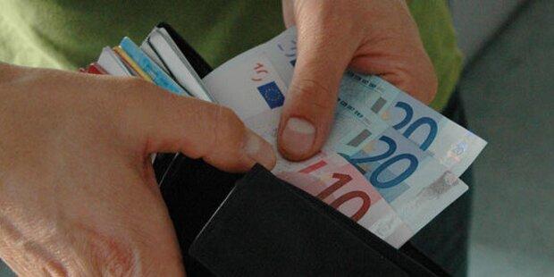 Österreicher: Mehr Geld als Deutsche