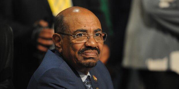 Sudans Präsident entkommt Verhaftung