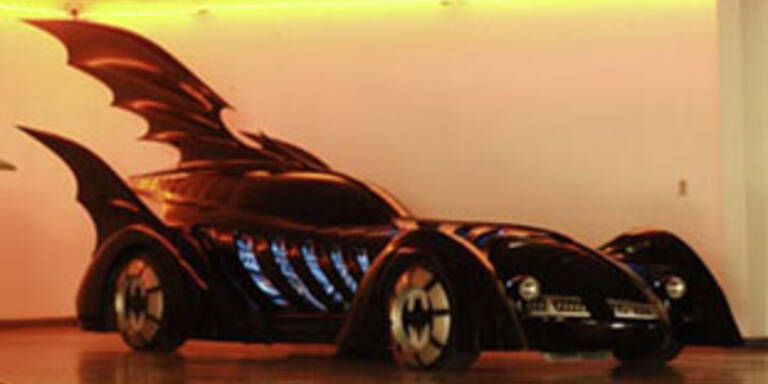 Batmobil verkauft für 297.000 Dollar