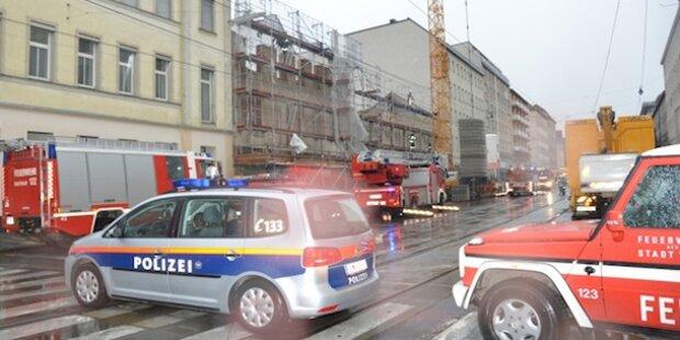 Wien: Baugerüst drohte auf Straße zu stürzen