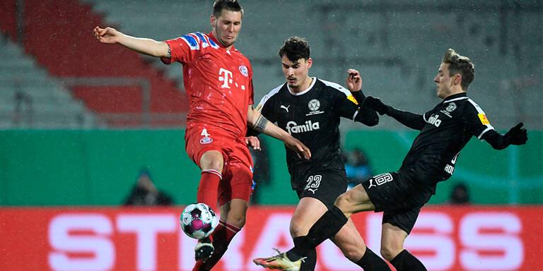 Außenseiter Kiel zwingt Bayern im Elfmeterschießen in die Knie