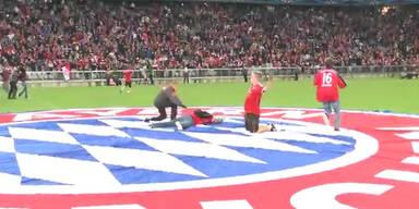 So ausgelassen feierten die Bayern-Fans