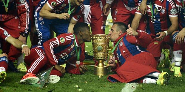 Bayern jubeln über 10. Double