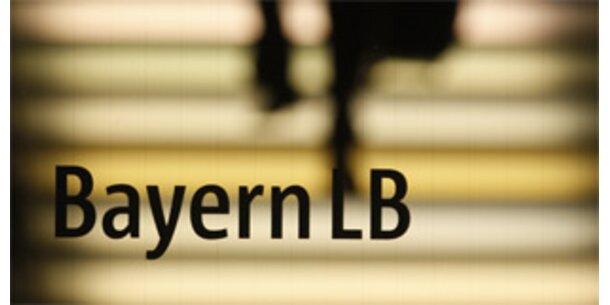 BayernLB setzt 5.600 Mitarbeiter vor die Tür