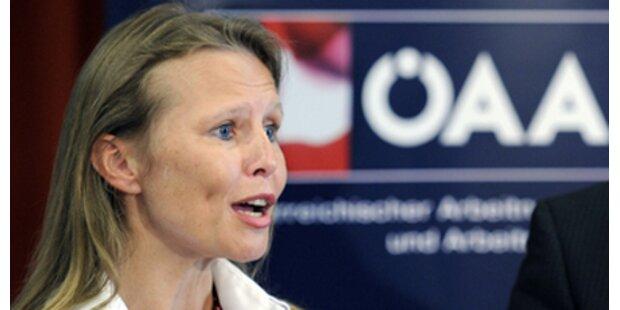Beatrix Karl - die Premierenfrau