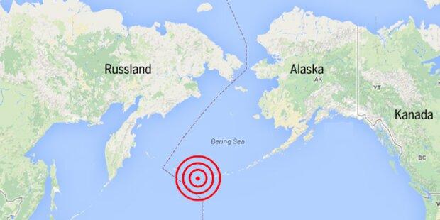 Tsunami-Warnung nach schwerem Seebeben