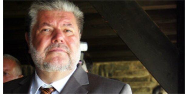 Beck tritt als SPD-Chef zurück