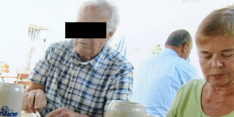 Opa von Familie schwer belastet