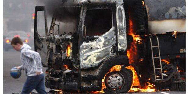 IRA-Splittergruppe zündete Fahrzeuge an