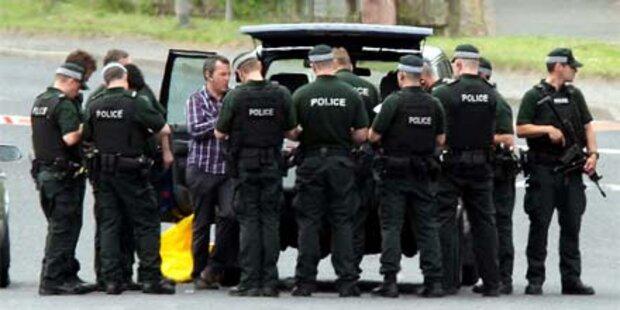 Schüsse: Polizisten in Belfast verletzt