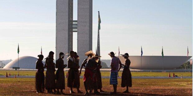 Riesenstaudamm im Amazonas wird gebaut