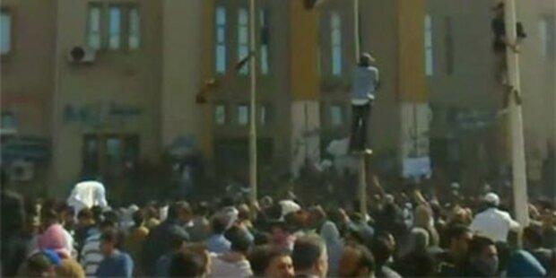 Rebellen nahmen Gaddafi-Anhänger fest