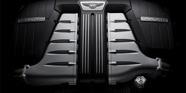 Der Zwölfzylinder leistet nun 575 PS und stellt ein Drehmoment von 700 Nm bereit.