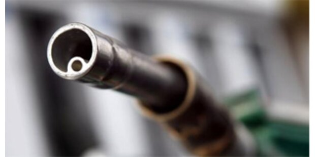 Italienische Lkw-Lenker stahlen Benzin