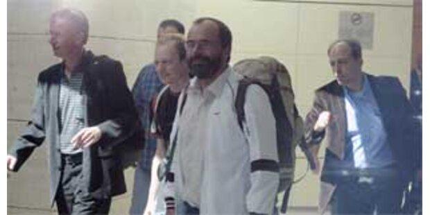 Freigelassene Bergsteiger in München eingetroffen