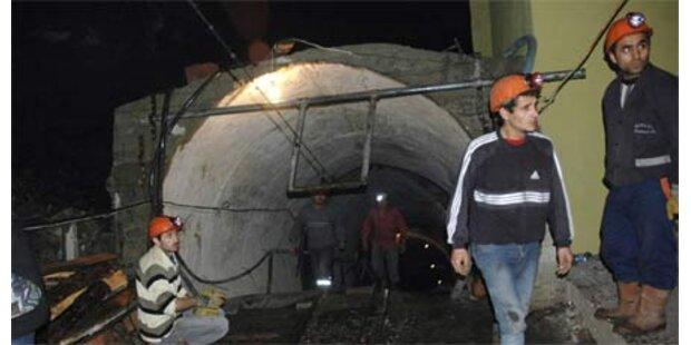 Indonesien: Bergwerkstunnel eingestürzt