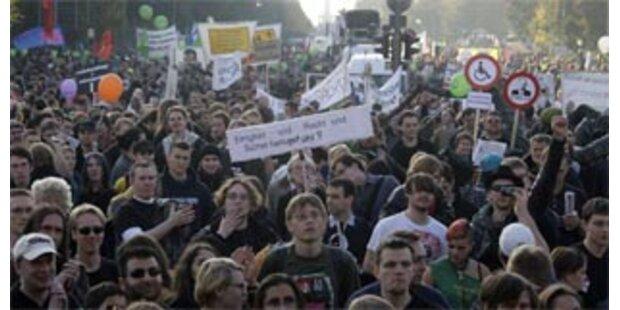 Berlin marschiert gegen den Überwachungswahn