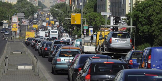 Verkehrschaos: Berliner Bahn sabotiert