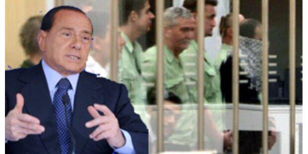 Berlusconi will E-Armbänder für Häftlinge