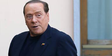 Berlusconi arbeitet jetzt im Altersheim