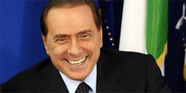 Berlusconi: Besser schöne Frauen als schwul