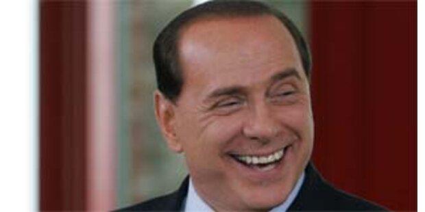 Berlusconi stellt sein Kabinett vor