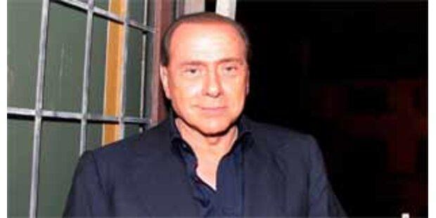 Berlusconi mit Hitler-Parodie verglichen