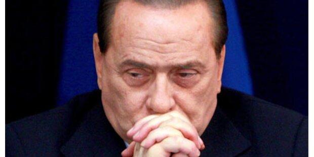 Berlusconi nennt Kritiker