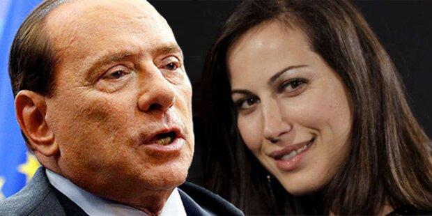 Berlusconi: Wirbel um schwangeres Model