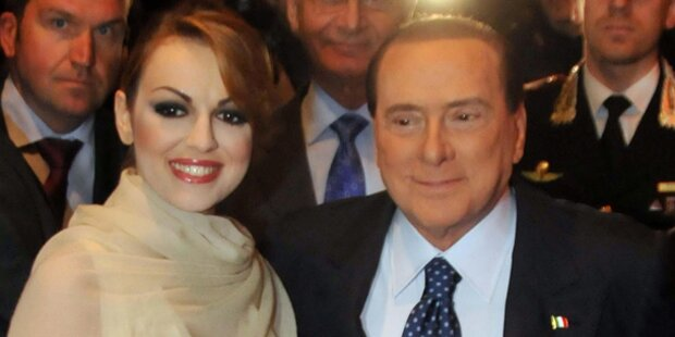 Berlusconi heiratet seine Francesca