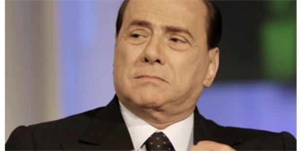 Berlusconi sieht sich als Superman