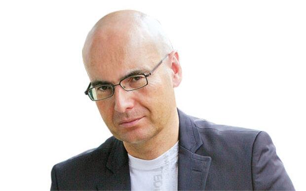 Dr. Alexander Bernhaut: