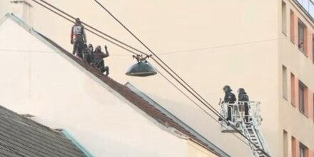 Anarcho-Aufstand: Polizei holte alle Hausbesetzer vom Dach