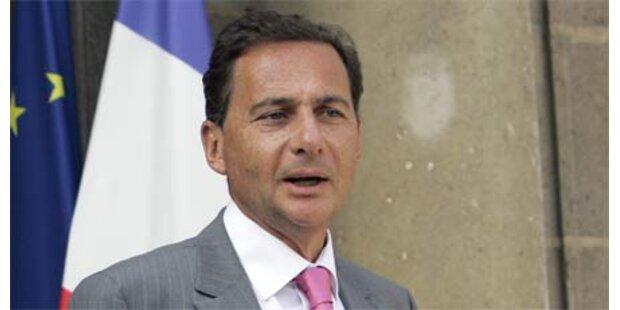 Frankreich schob 17.000 Ausländer ab