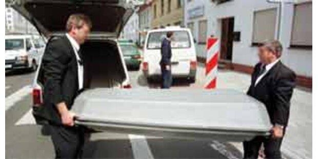 Obersteirer vom eigenen Auto überrollt