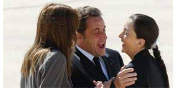 Ingrid Betancourt in Paris empfangen