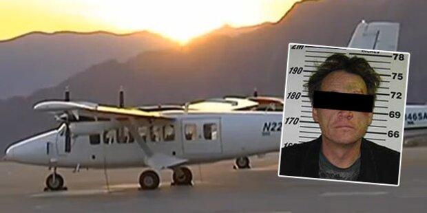 Betrunkener stiehlt Flugzeug
