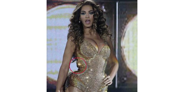 Beyoncé quetscht sich in zu enges Outfit
