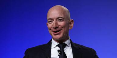 Unbekannter zahlt 28 Mio. Dollar für All-Flug mit Bezos
