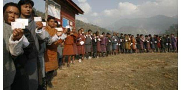Bhutan wählt im März erstmals ein Parlament